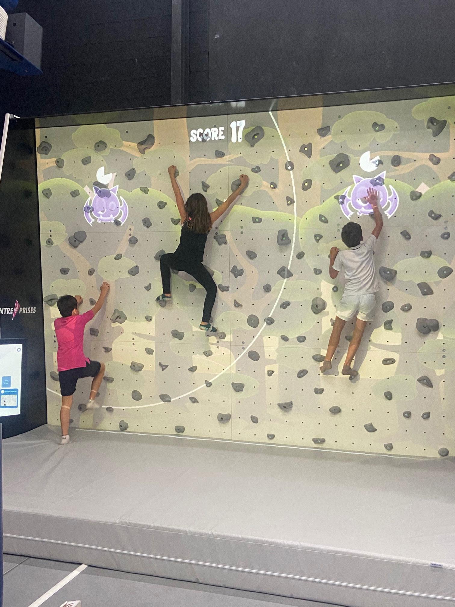 mur-escalade-interactif-perpignan